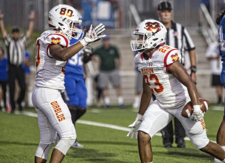PHOTOS: Mission Viejo gets defensive and captures 23-6