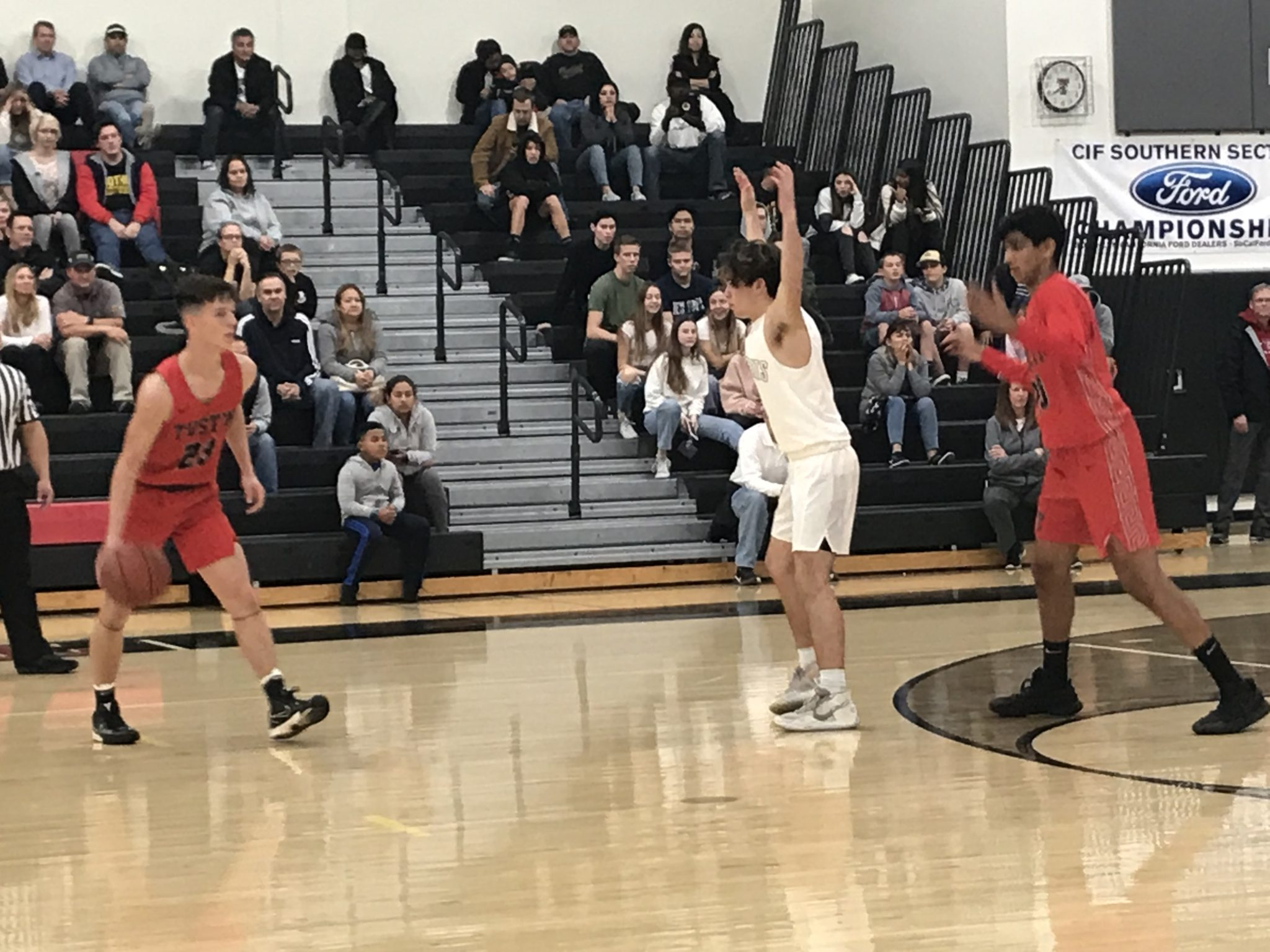 Estancia Christmas Basketball Tournament 2021 Schedules Five Oc High School Boys Basketball Tournaments Being Held This Week Oc Sports Zone Mobile